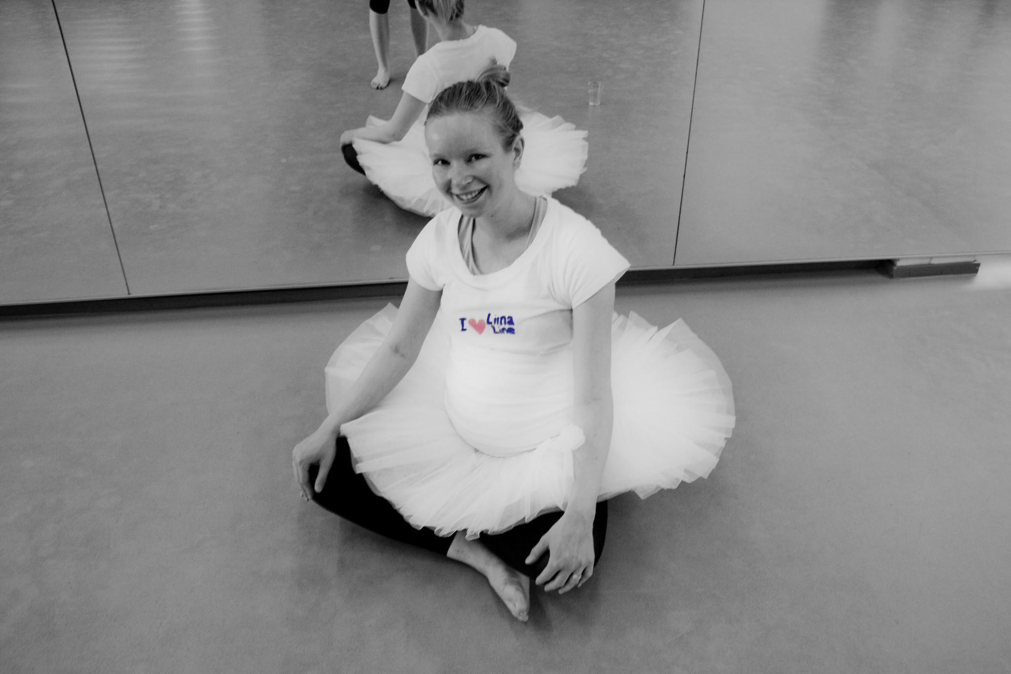 pregnant 2012 ballerina
